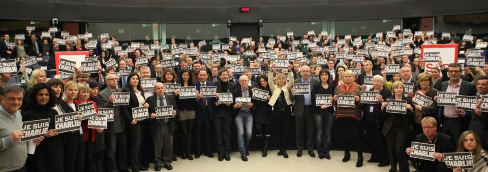 « A la terreur doit répondre plus de démocratie et plus d'Etat de droit » #JeSuisCharlie