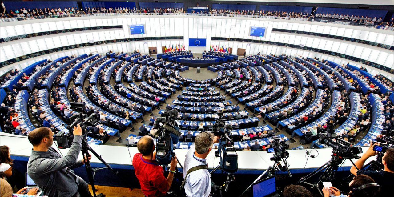 Santé des citoyens, Transparence 1 – Multinationales de l'agrochimie, droite européenne 0 !