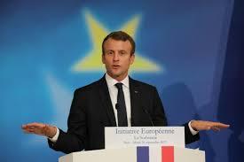 Referendum le jour des européennes : où l'on passe de l'Hymne à la joie à la Marseillaise